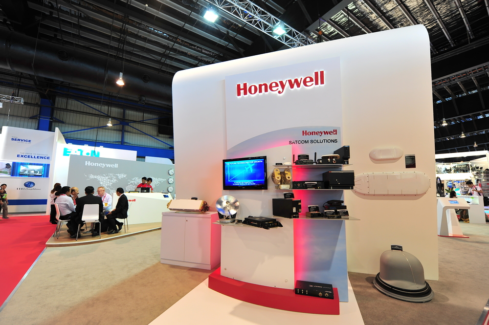 Honeywell Beats Street Estimate and Raises Low-End of Full-Year 2017 EPS Guidance