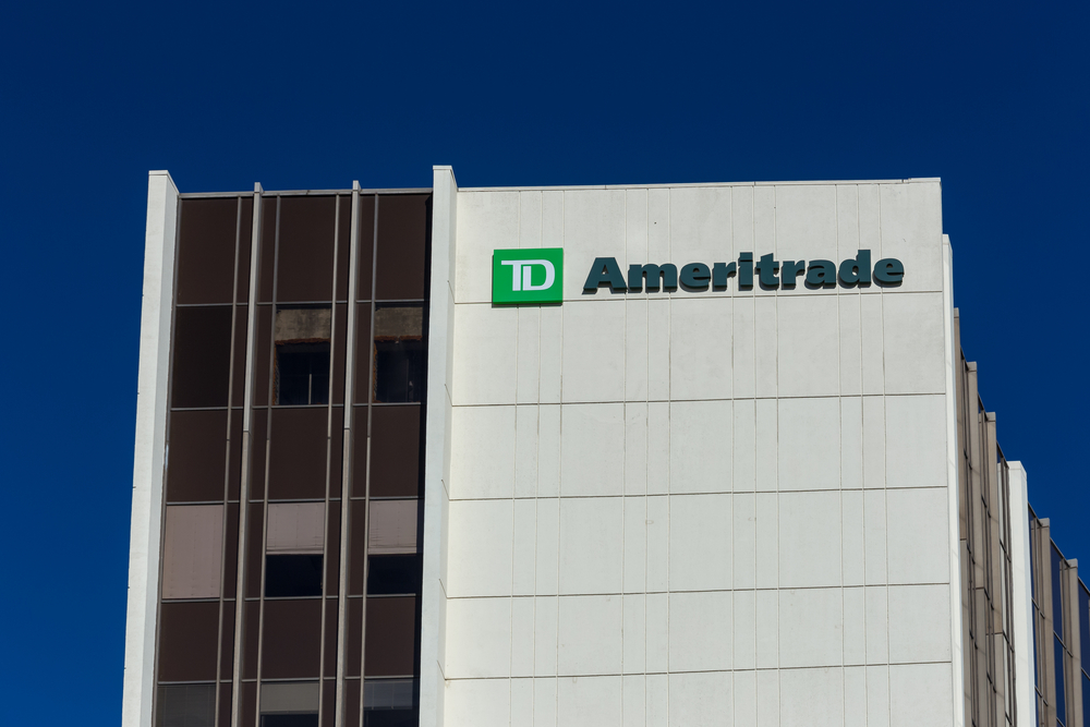 TD Ameritrade Misses Earnings Estimate and Beats Revenue Estimate, Reports 58% Growth in Net Revenues