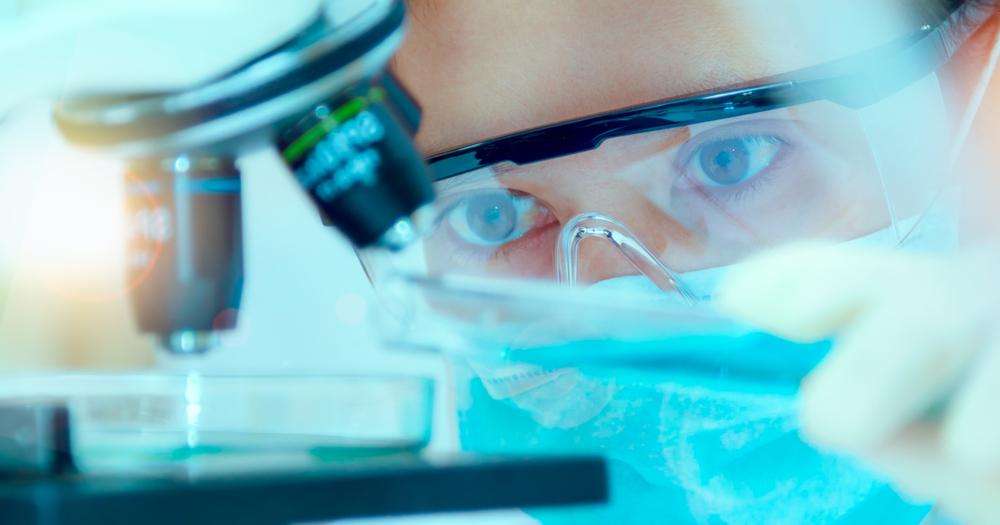 Abbott Laboratories Tops Q1 2017 EPS and Revenue Estimates