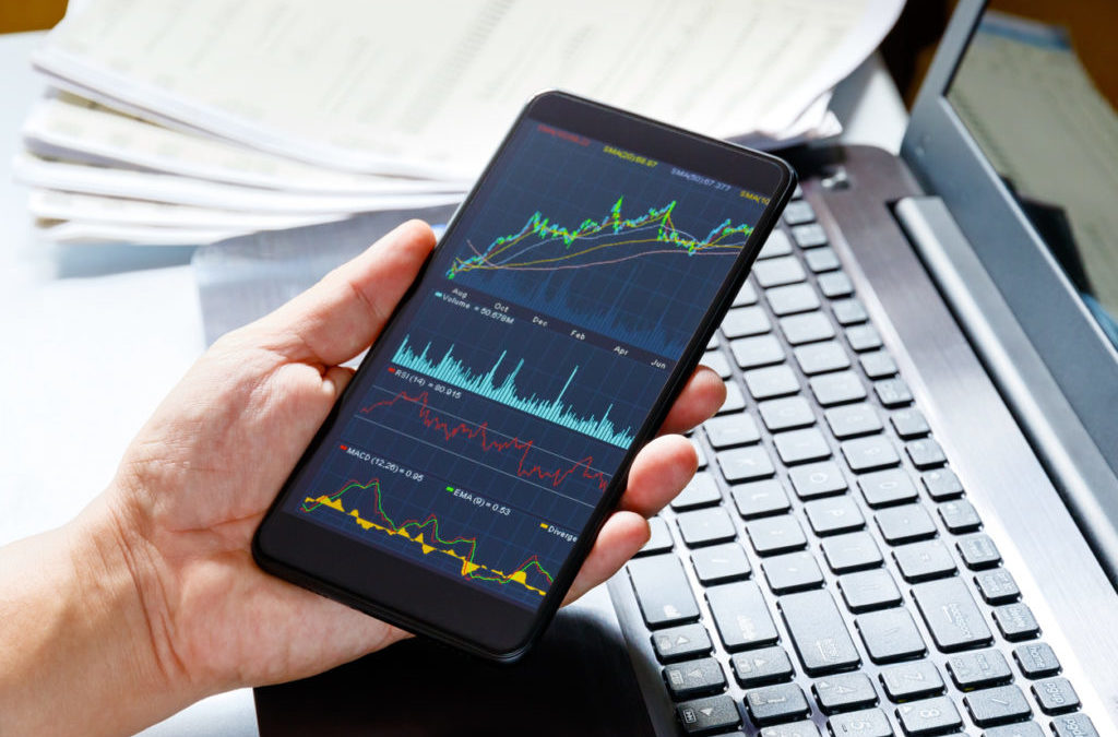When to Buy a Call Option: Strategy and More